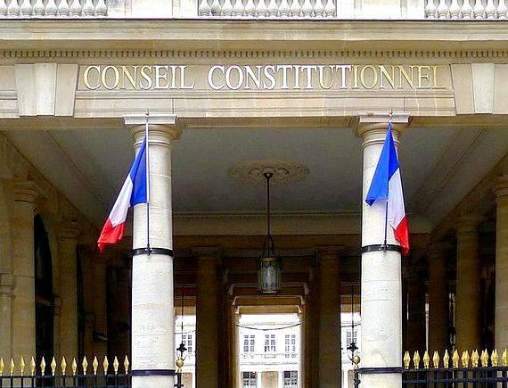 Le conseil constitutionnel et la constitution dissertation writing Lisez ce Politique
