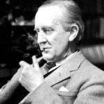 jrr-tolkien-online-article-writing_2.jpg